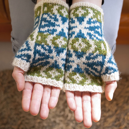 Woodstar mitts2 square