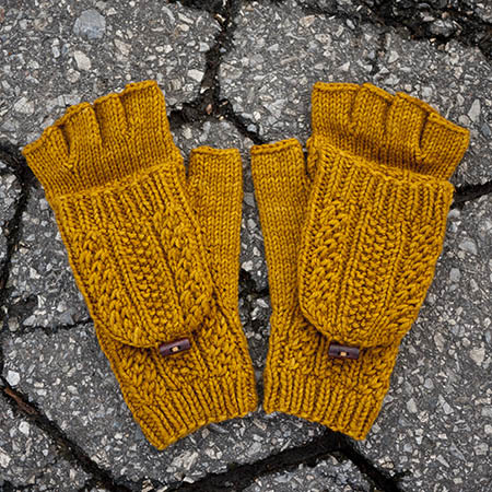 Cabled dad mittens 8 kd